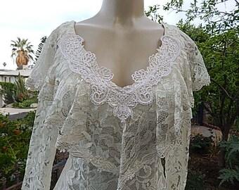 Vintage ala Carte Claifornia  Ivory Lace wedding / Prom Dress