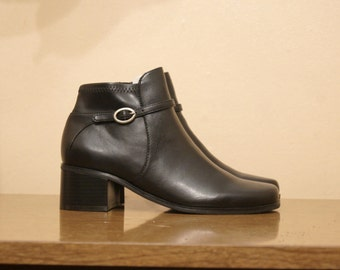 Black Buckle Ankle Boots Size 7 Chunky Heel Booties Faux Leather Chelsea Boots