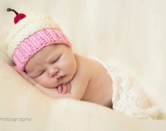 Knit Baby Cupcake Hat, Baby Girl Hat, Newborn Cupcake Hat, Preemie -24 Months, Photography Prop