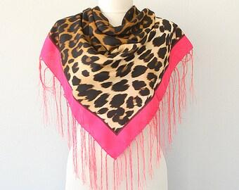 Leopard scarf New fashion Tassel shawl Autumn fall scarf Womens brown wrap Animal print head scarf Fringe scarf Square scarf Cheetah Safari