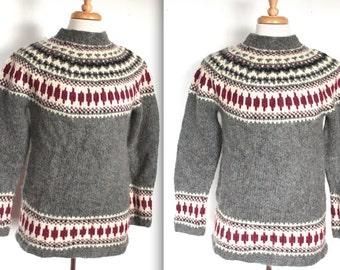 Vintage 1960's Ski Sweater // Grey and Maroon Knit Wool Pullover Turtleneck Sweater // Winter Cabin