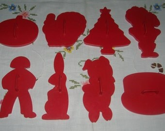 8 Vintage Red Plastic Tupperware Cookie Cutters Holiday's Birthday Etc. Pristine