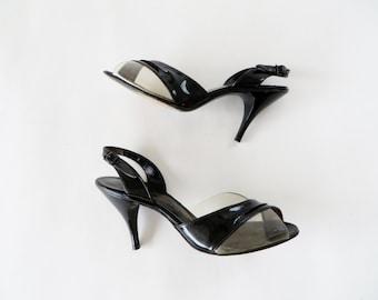 Vintage Shoes 1950s Shoes / 50s Shoes / 1960s Shoes / Wedding Shoes Cinderella Heels Clear Plastic & Black Patent Leather Heels Size 7 1/2