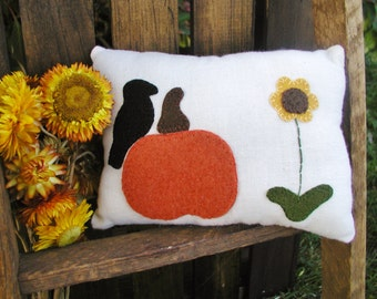Crow in the Pumpkin Patch Penny Rug Pillow- Primitive Pumpkin and Black Crow Pillow