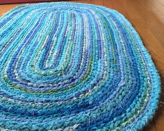 HEIRLOOM Oval Rug - all the blues