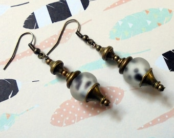 Black and White Spotted Rustic Ethnic Boho Earings (3041)