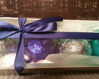 4 Aromatherapy Shower Bombs 1.6 oz each Gift Box 100% Natural/Organic Essential Oils-Transform your shower-Transform your mood