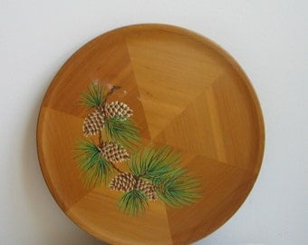Vintage Wood Wall Art Plate Round Plaque Made of Western Red Cedar, Pine Bough Pine Cones, Rustic Cabin Woodlands