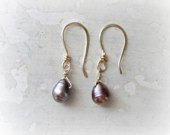 Freshwater Pearl Earrings, Bridesmaids Earrings, Peacock Pearl Dangles, Wedding Jewelry, Gold Filled Earrings, Bridal Jewelry,Natural Pearls