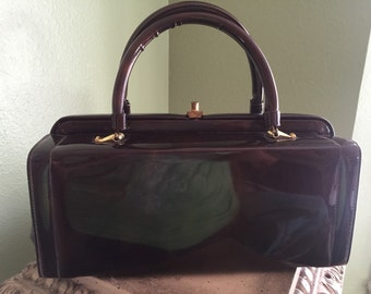 Vintage brown patent leather hand bag