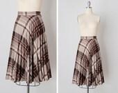 vintage 1970s skirt / knee length skirt / brown plaid skirt / Eaton Grounds skirt