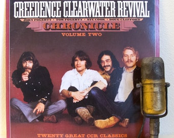 """ON SALE CCR (Creedence Clearwater Revival) Vinyl Record 1960s Classic Rock John Fogerty  """"Chronicle, Vol.2"""" (1986 Fantasy w/""""Born On The Bay"""