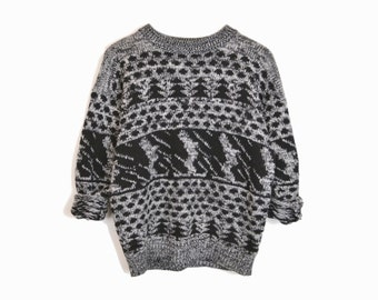 sale! 10% off - Vintage 80s Alpine Ski Sweater in Black Gray / Ugly Christmas Sweater - medium/large