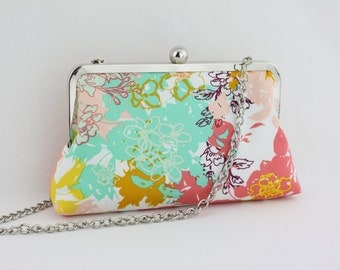 the Tropical Garden - Single Ball Silver Frame Clutch with 22 inch Detachable Chain -  the Florence Style Clutch