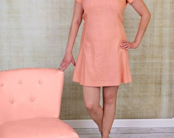 Vintage salmon colored short sleeve spring dress