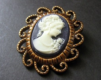 Dark Purple and White Cameo Cabochon Shank Button. Filigree Frame Cameo Button in Bronze. Resin Button - 45mm x 39mm  (Qty 1)