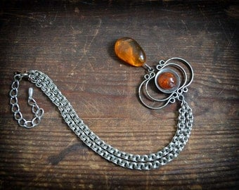 CIJ sale - code SUPERSLAE50 - Fiery Orange amber Drop on chainmaille chain 1970 vintage Amber Metalwork necklace
