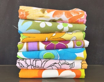 Vintage Sheet Fat Quarter Bundle - Flower Power Groovy Colorful Florals - Set of 7