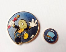 LIMITED EDITION Jiminy Cricket Pin, Losing His Famous Top Hat, 2-Piece set is #5 of 6 in a Series!