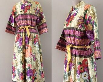 1970's Quilted Floral Loungewear Jumpsuit Vintage Floral Jumpsuit Flower Print Romper Size Small Medium by Maeberry Vintage