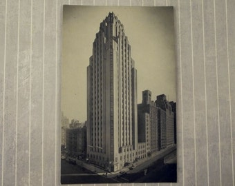 Vintage 3.5 x 5.5 Beekman Tower Hotel Postcard, NYC New York City Photo, Art Deco Skyscraper, Panhellenic House Souvenir