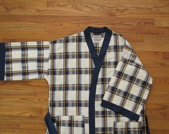 vintage Roytex kimono robe