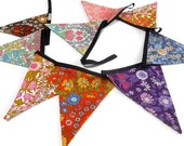 RETRO  Bunting ,  Vintage  DAISY CHAIN 60s / 70s fabric designed by Pat Albeck