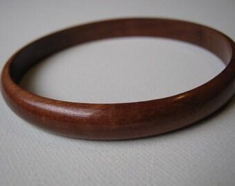 Skinny Quina Bangle Bracelet