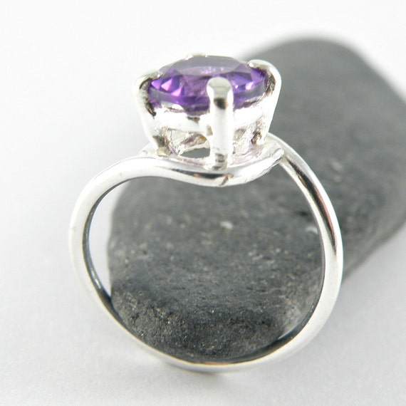 Unique Engagement Ring Amethyst Engagement Ring , Sterling Silver Ring Purple Amethyst Jewelry , Faceted Amethyst Ring Purple Gemstone Ring