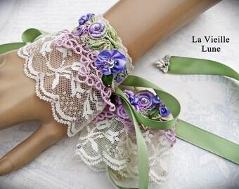 Vintage Crochet Lace Cuffs, Violet Victorian Cuffs, Victorian Jewelry, Lace Jewelry