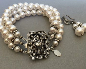Great Gatsby Pearl Bracelet Set with Earrings 3 multi strands Swarovski pearls in White with Gunmetal Vintage Art Deco Rhinestone Clasp