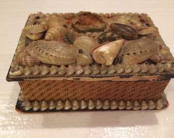 Antique 1800's Victorian Shell Art Box, Sailor's Valentine, Victorian Trinket Box, Antique Vanity, Victorian Basket Box