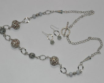 Gray Shell Long Necklace Set