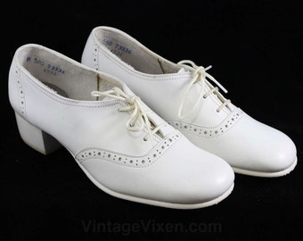 Size 5.5 Shoes - Unworn White Leather Oxford Style Shoe - 1920s Inspired 1960s Design - 50s 60s Retro Deadstock - Lace Up - 5 1/2 - 47092-1