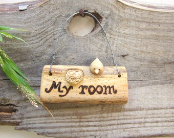 My room wall hanging, wood label, inscription on wood, wooden notice, bird with nest, miniature art, wood carving, nest with eggs