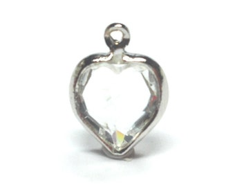 NEW GORGEOUS Set of  (4) Swarovski Crystal 8 MM Channel Heart Setting In Clear  (SCH001)