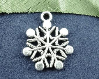 40 pcs. Antique Silver Snowflakes Charms Pendants - 20mm x 16mm