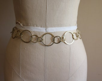 Vintage Gold-Tone Loop Chain Belt