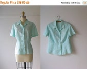 SALE vintage blouse / mint green blouse / embroidered blouse