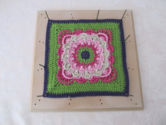how to make a crochet blocking board