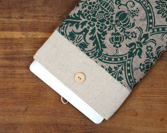 White Linen MacBook Case. Case for MacBook 15 Pro Retina. Sleeve for MacBook 15 Pro with green poppy pocket. MacBook Cover