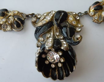 Trembler Camellia flower black enamel, rhinestone necklace