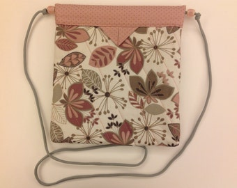"Soft Pink Flowers and Leaves Quilted Fabric Snap Bag Purse Handbag Handmade 8"" X 8-1/2"""
