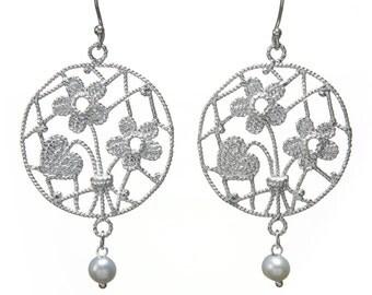 silver flower earrings, sterling silver earrings, crochet earrings,dangle silver earrings, Bridal Lace earrings,filiigree earrings