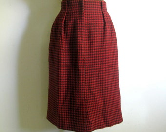 Vintage 1980s Skirt Christian DIOR Red Black Houndstooth Wool Straight Pleat Skirt 14US