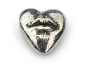 Hot Lips Heart Pewter Bead Besame Mucho Green Girl Studios
