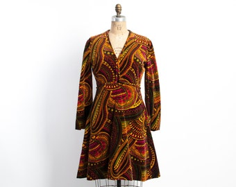 Vintage 60s DRESS / 1960s MALCOLM STARR Ethnic Psychedelic Print Mod Velvet Dress M