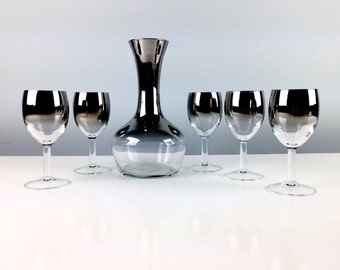 Vintage Mid Century Mod Wine Decanter and Wine Glasses / Mad Men Drinking Glass / Silver Rimmed Mad Men Glasses with Carafe / Ombre Wine