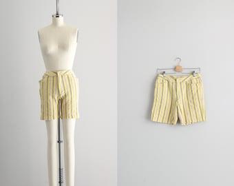 Womens Bermuda Shorts . 1950s Striped Shorts . Pinup Retro Shorts