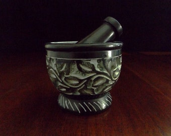 Mortar and Pestle - Wiccan, vines and leaves, witchcraft, Pagan, occult, witch, The Craft, altar tool
